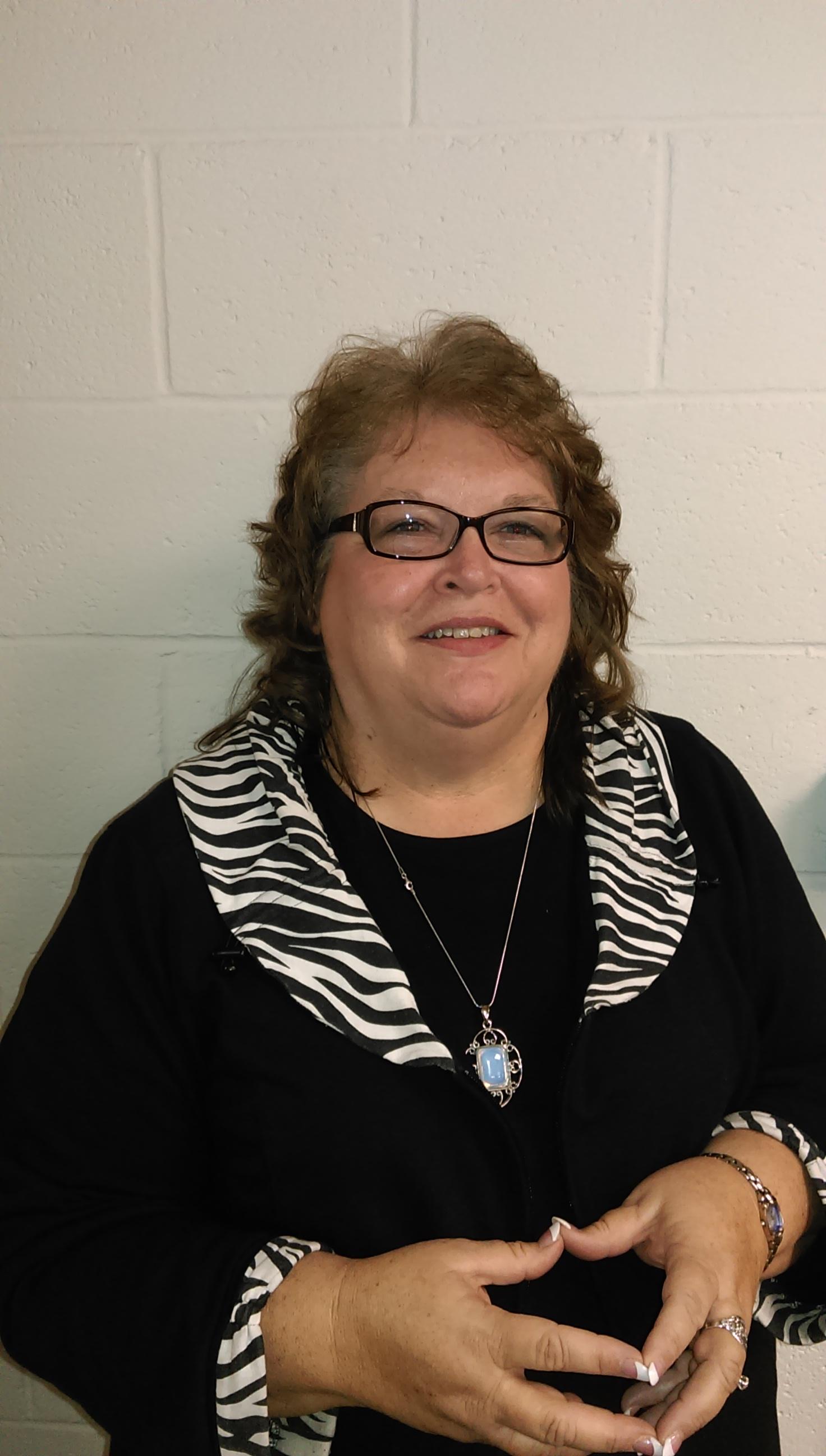 Rhonda Youngblood : Customer Service Representative